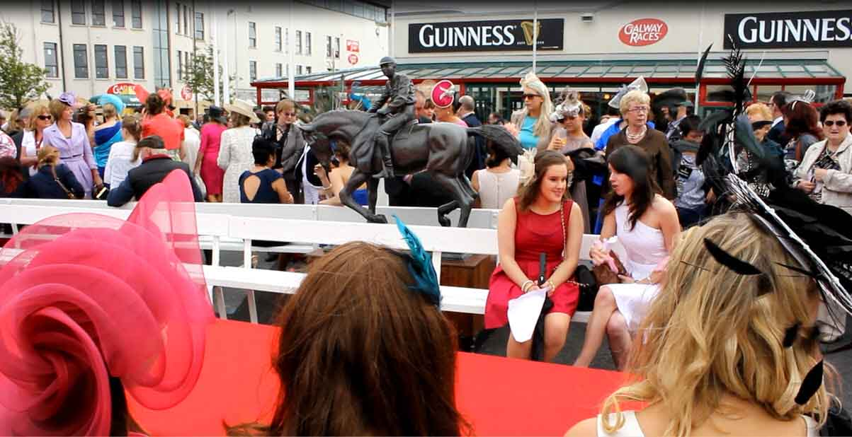 Video:Galway races
