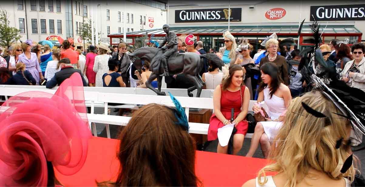 Video:Galway races